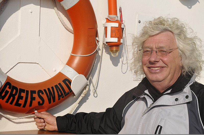 SSS Greif 09 Uwe Rettungsring Passagier Toern Ostsee 2014-09-28 QF Copyright Foto Knut Hildebrandt