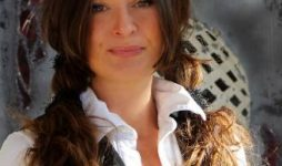 Maksida Vogt bei den Wildpferden in Bosnien 2017