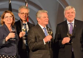 Landgestüt Dillenburg: Die Würfel sind gefallen – Wohin mit den Zuchthengsten?